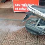 Xe máy phụt khói trắng – hiện tượng nguy hiểm