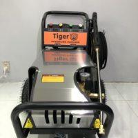 Máy phun xịt rửa xe cao áp tự ngắt 5.5KW Tiger UV-3200
