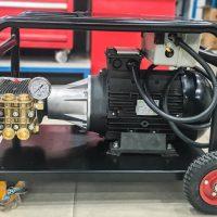 Máy phun xịt rửa xe áp lực cao Urali AR U75-2120F